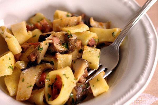 calamarata-cardoncelli-e-pancetta1